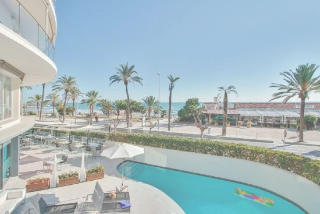 Piscina Sitges Hermoso Piscina - Picture Of Hotel Calipolis, Sitges - Tripadvisor